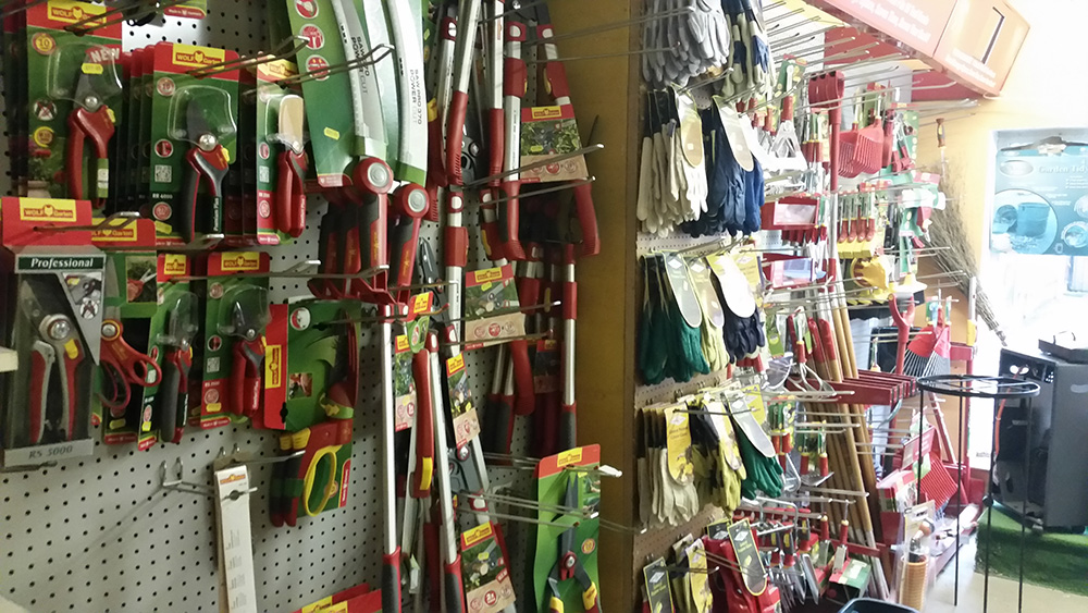 Wolf Garden Stockists - Hardware Store